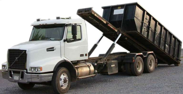 Medium Rigid tip truck